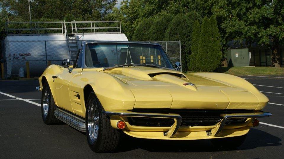 Chevrolet Corvette old school - Drivn