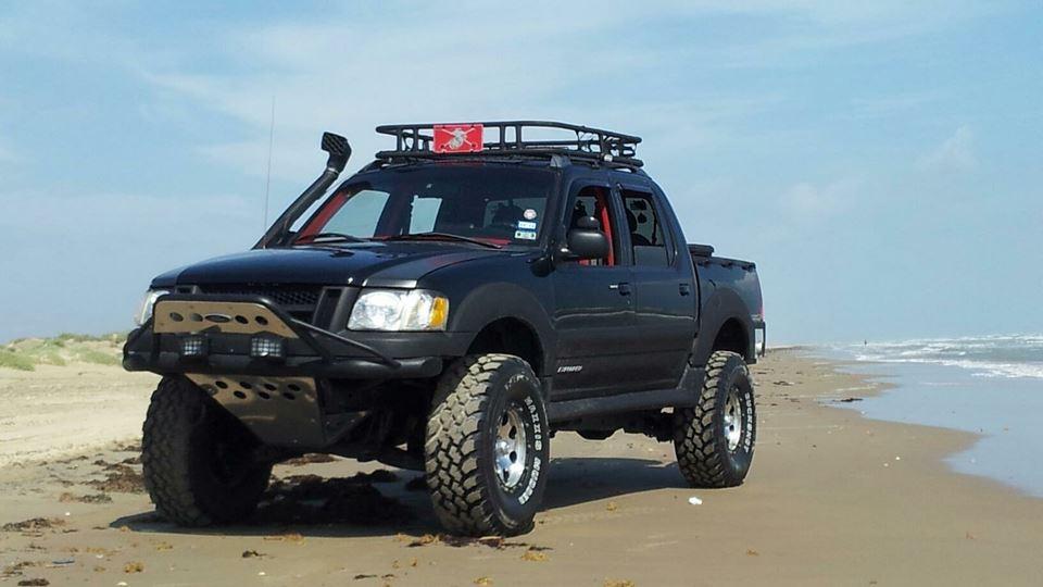 xlt detail explorer truck ford new serving fwd at landers little