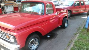 Ford F-Series Little red