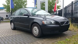 Volvo S40 Slow Loris
