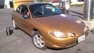 Ford Escort ZX2 Golden girl