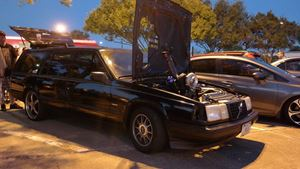 Volvo 940 Black Widow