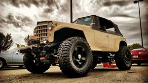 Willys Jeepster Stomper