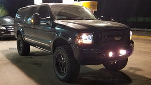 Ford Excursion Black beauty