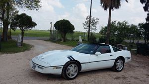 Chevrolet Corvette Gr8 white