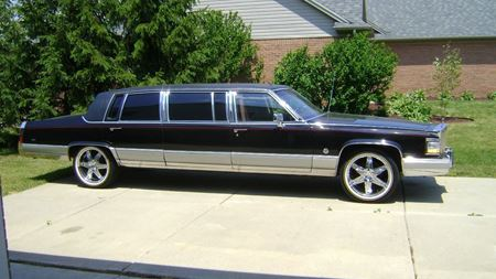 Cadillac Brougham Limo