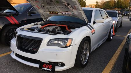 Chrysler 300 SRT8 Mayhem
