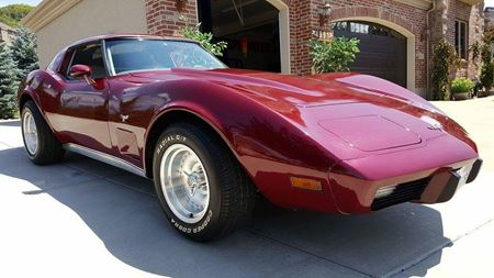 Chevrolet Corvette Lucky 77