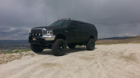 Ford Excursion BlackPearl