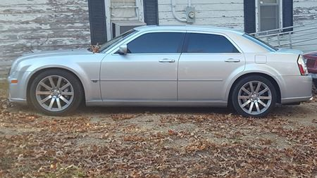 Chrysler 300 SRT8 Big Rob