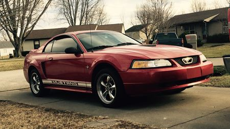 Ford Mustang Red Ronda