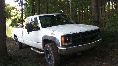 Chevrolet C/K the white knight