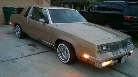 Oldsmobile Cutlass Supreme The Cutty