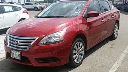 Nissan Sentra Red Zombie Assault SV