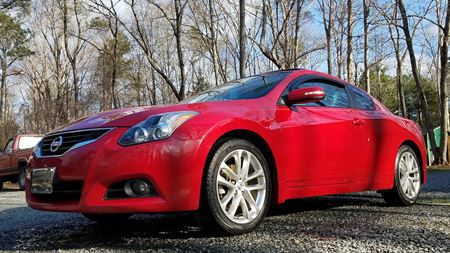 Nissan Altima Coupe Little red