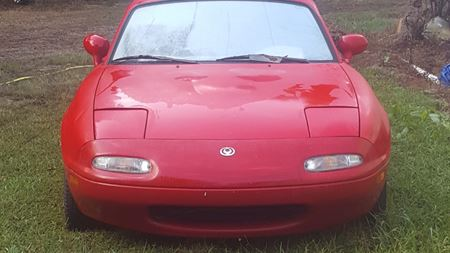 Mazda MX-5 Small Red