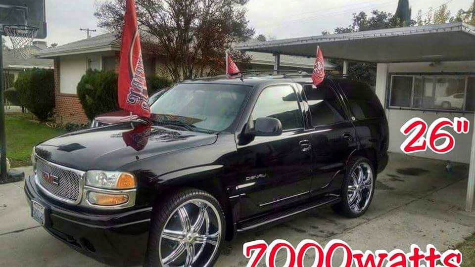 GMC Yukon 8 Ball Rollin