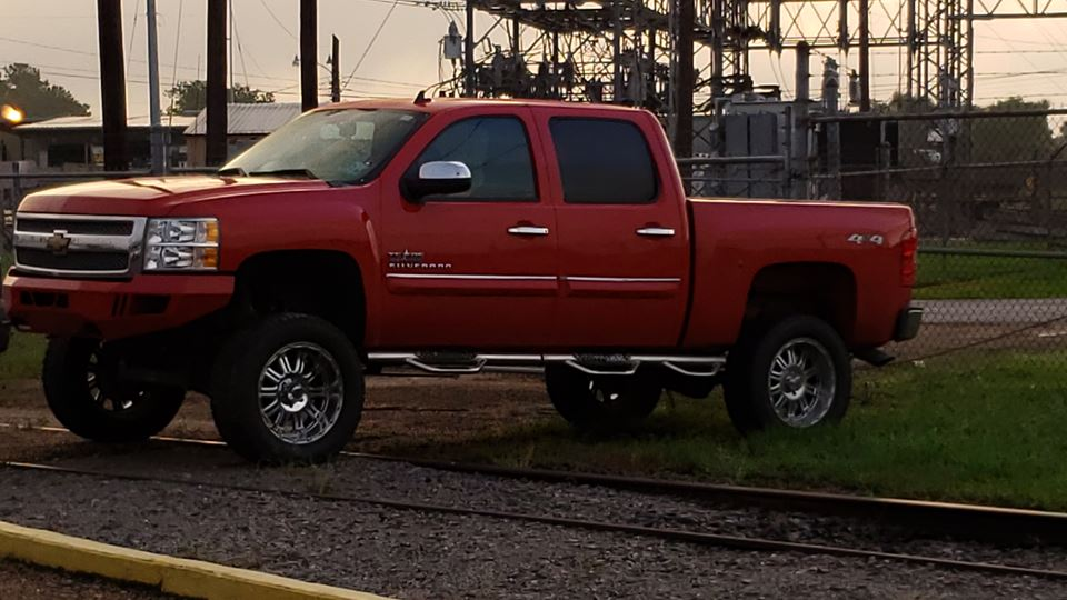 Chevrolet Silverado Big red